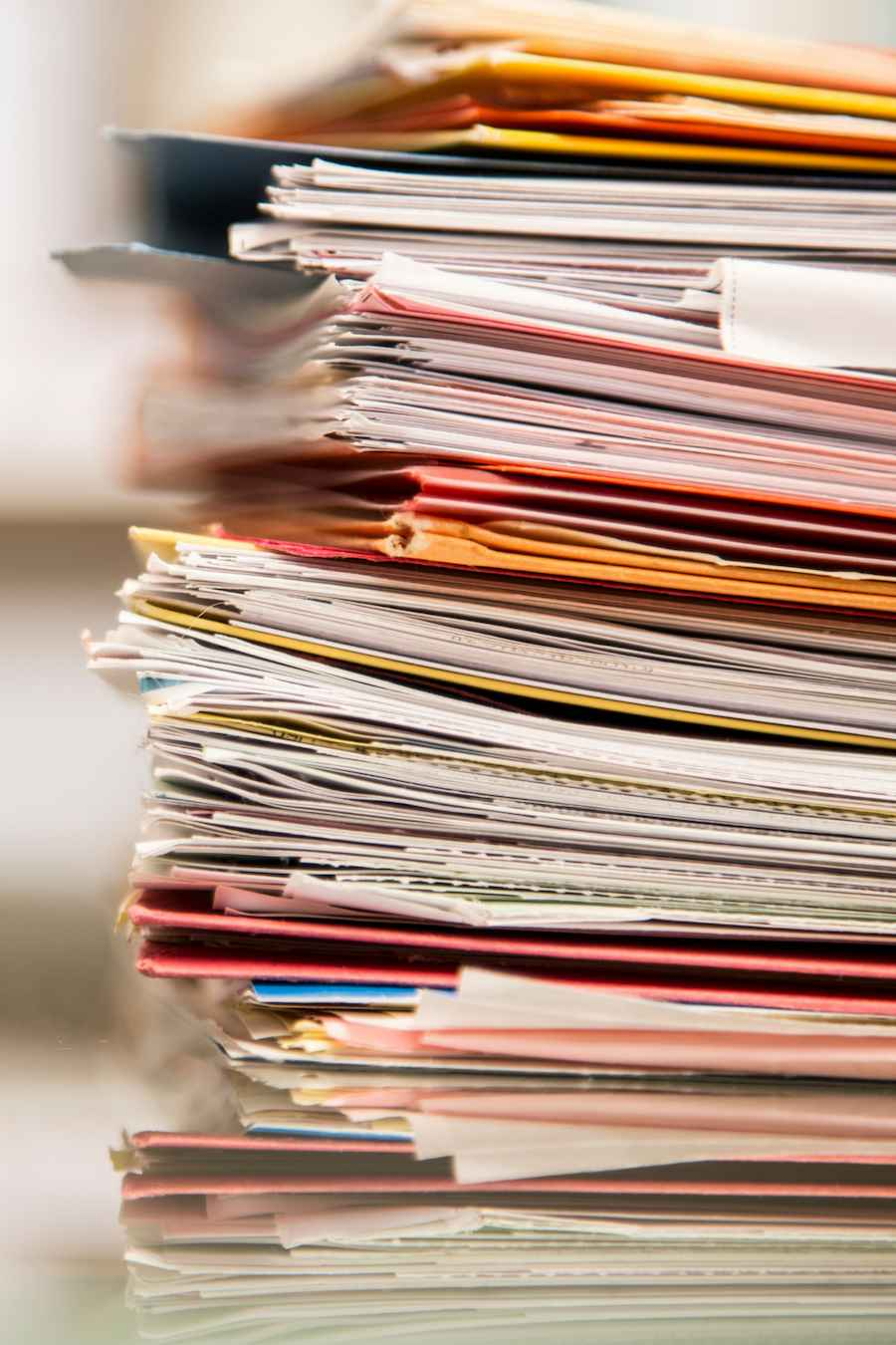 0123 - Pile of papers - Whitepepaper