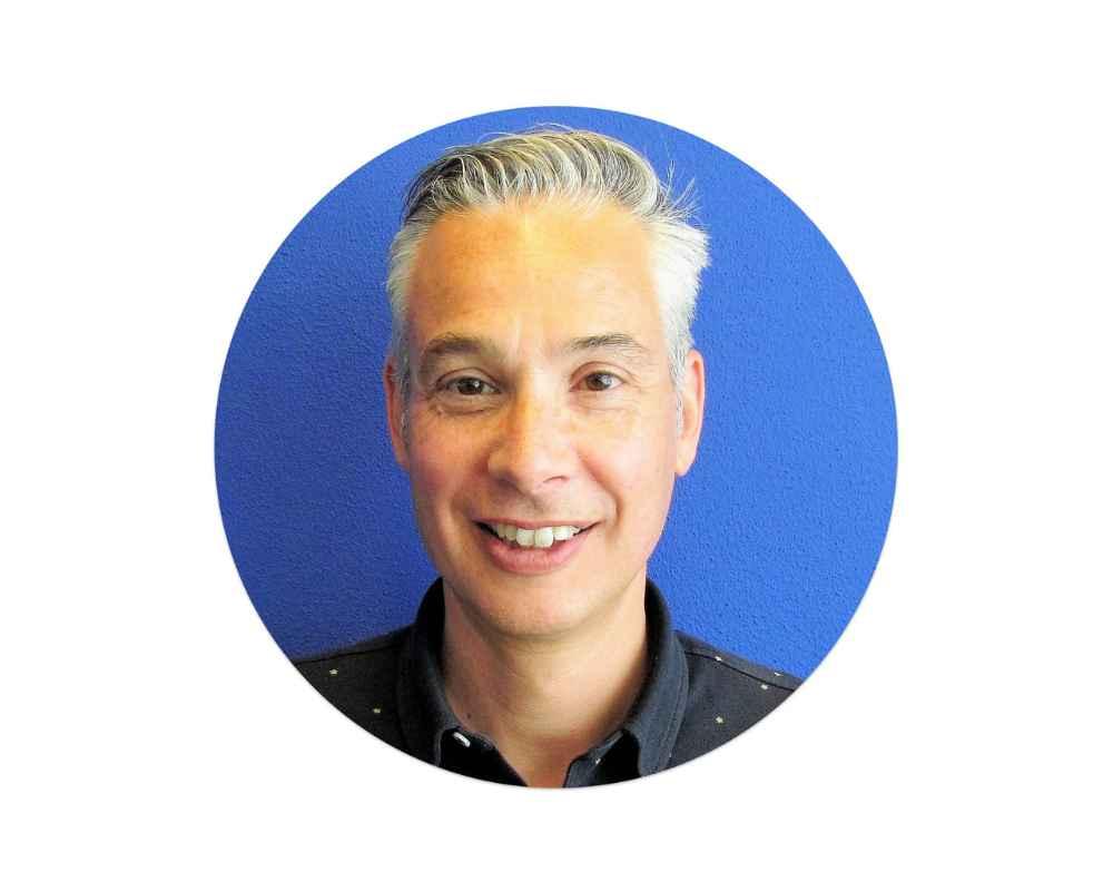 Dennis van der Veeke - CEO at ZyLAB eDiscovery software company